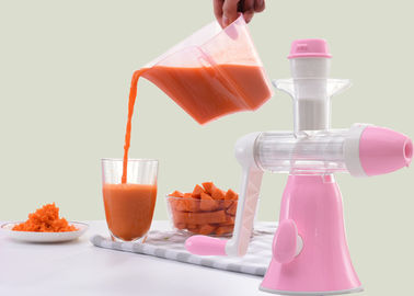 China Hand Operated Vegetable Juice Maker High Moving Force Resistance For Turnip supplier